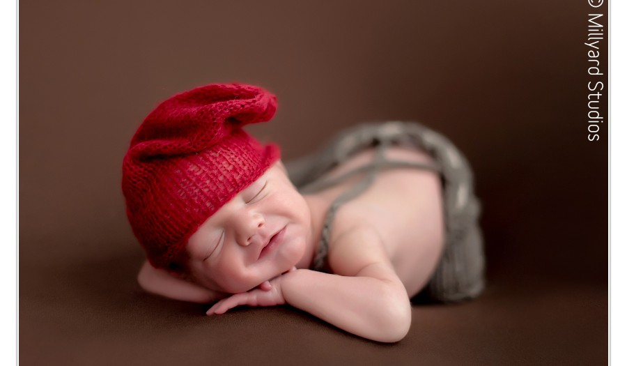 Newborn Photographer in New Hampshire/ Millyard Studios Newborn Photography