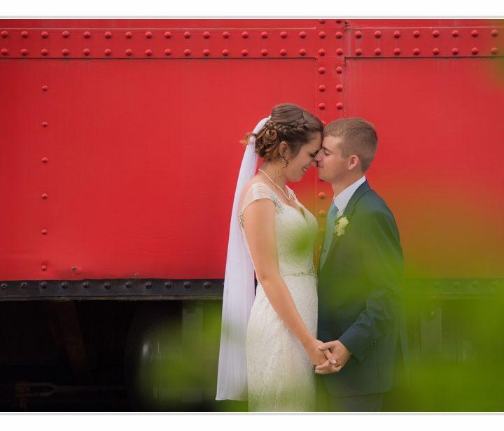 NH Wedding Photographer / Millyard Studios / La Piece The Room / Maureen & Sam