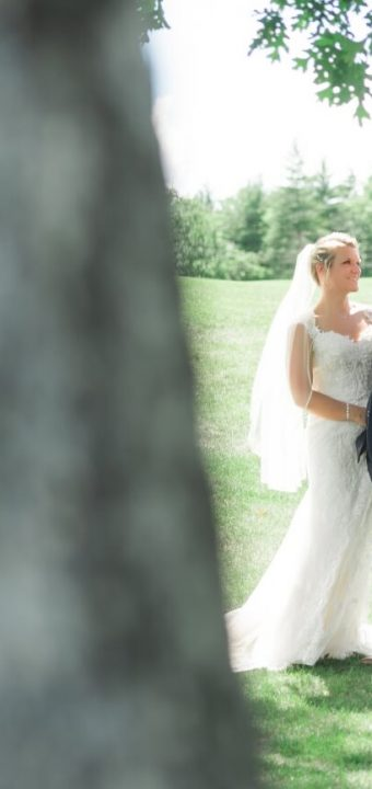 NH Wedding Photographer / Millyard Studios / The Oaks / Jillian & Brian