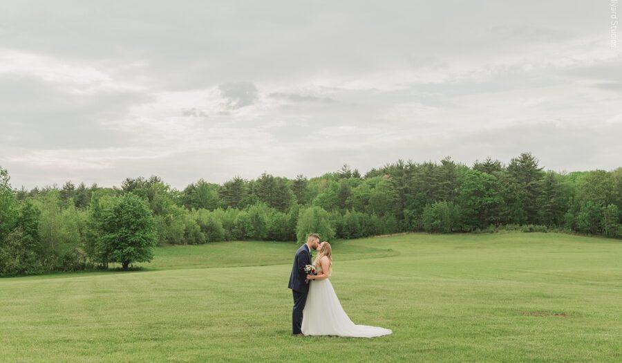 NH Wedding Photographer / Millyard Studios / Courtney & Tommy / Dell-Lea Wedding & Events
