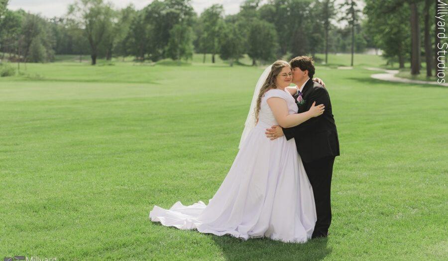NH Wedding Photographer / Millyard Studios / Manchester Country Club / Meredith & David