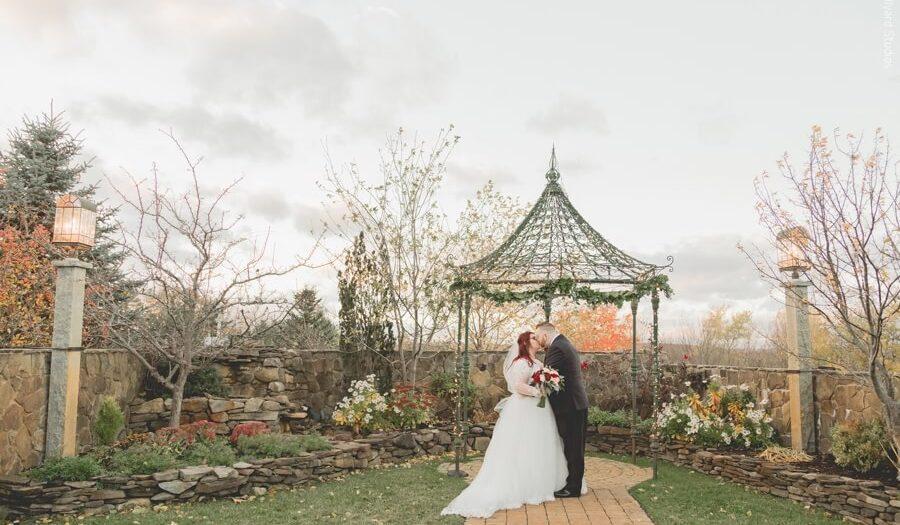 NH Wedding Photographer / Millyard Studios / Caitlyn & Chris / Wedgewood Granite Rose