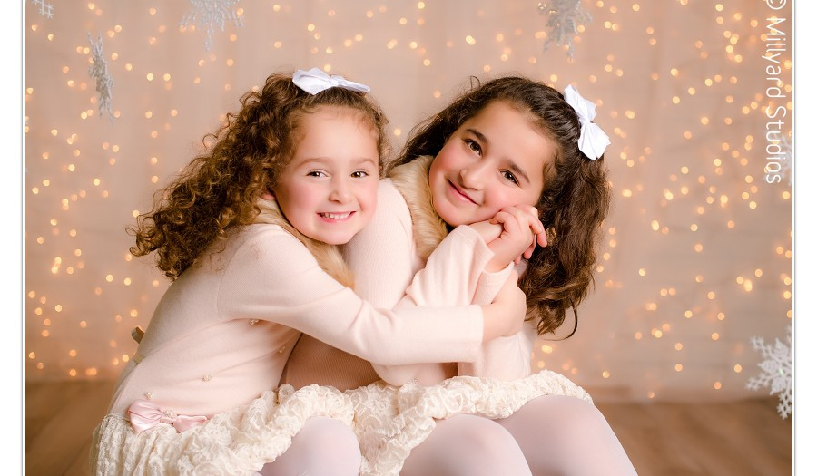 Christmas Photographer in New Hampshire/ Photography by Millyard Studios