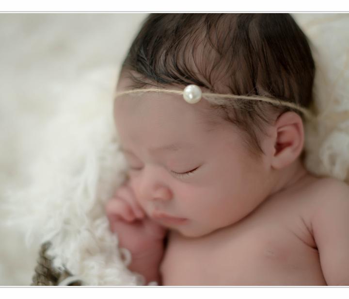 Newborn Photographer / NH / Millyard Studios