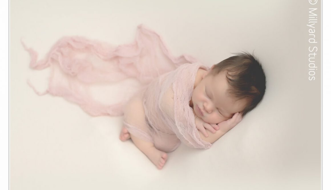 newborn-photographer-nh-manchester-11