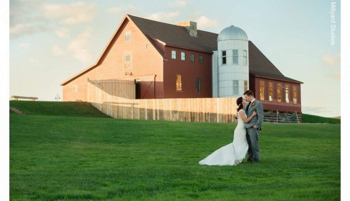 nh-wedding-photographer-millyard-studios-the-barn-at-gibbet-hill-9