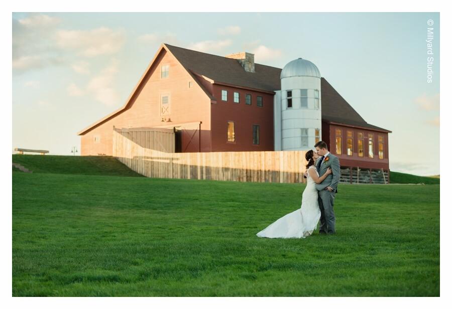Nh Wedding Photographer Millyard Studios The Barn At Gibbet Hill