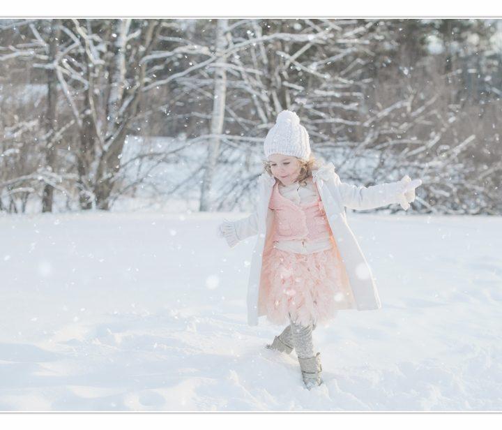 Frozen Fantacy/ Children's Photographer/ NH/ Millyard Studios/ Winter Photography