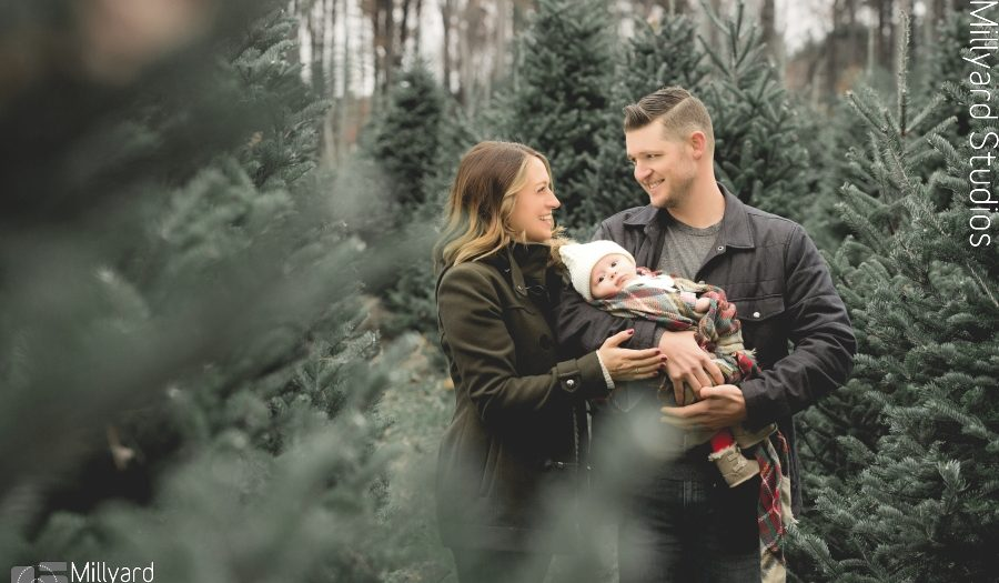 NH Holiday Portraits / Millyard Studios