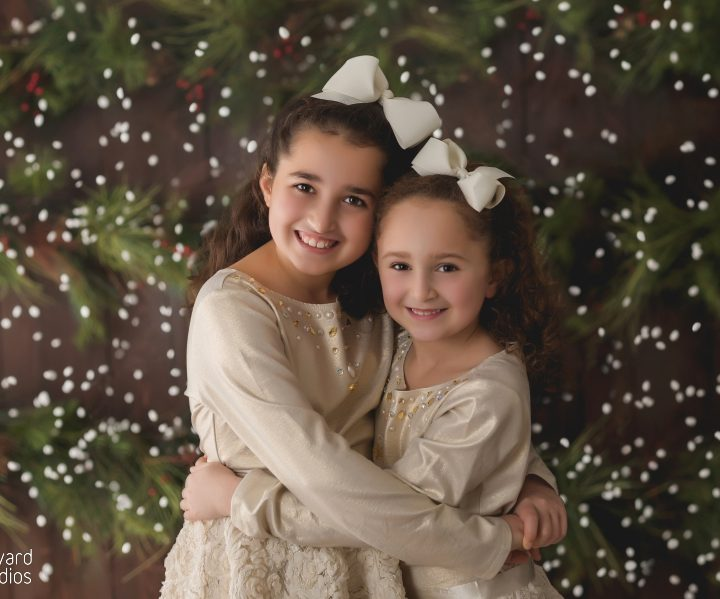NH Children's Photographer / Millyard Studios / Holiday Studio Session
