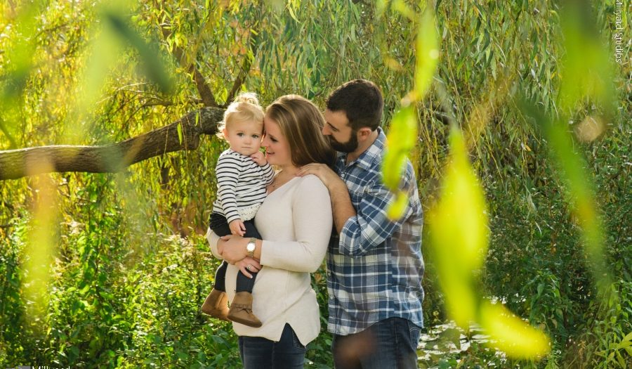 NH family photographer / outdoor fall session / Millyard Studios