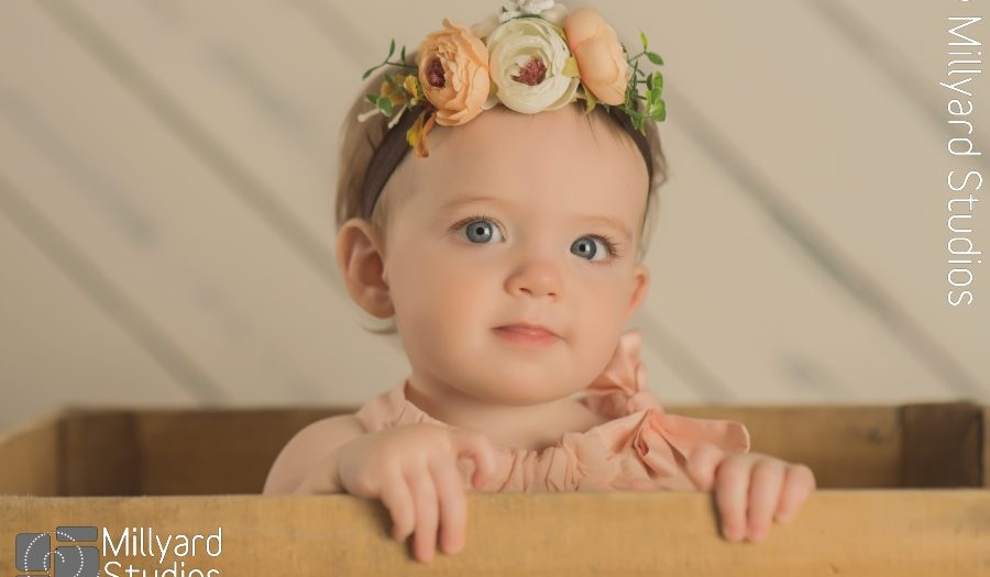 Baby Photographer/ One Year/ Birthday/ Millyard Studios